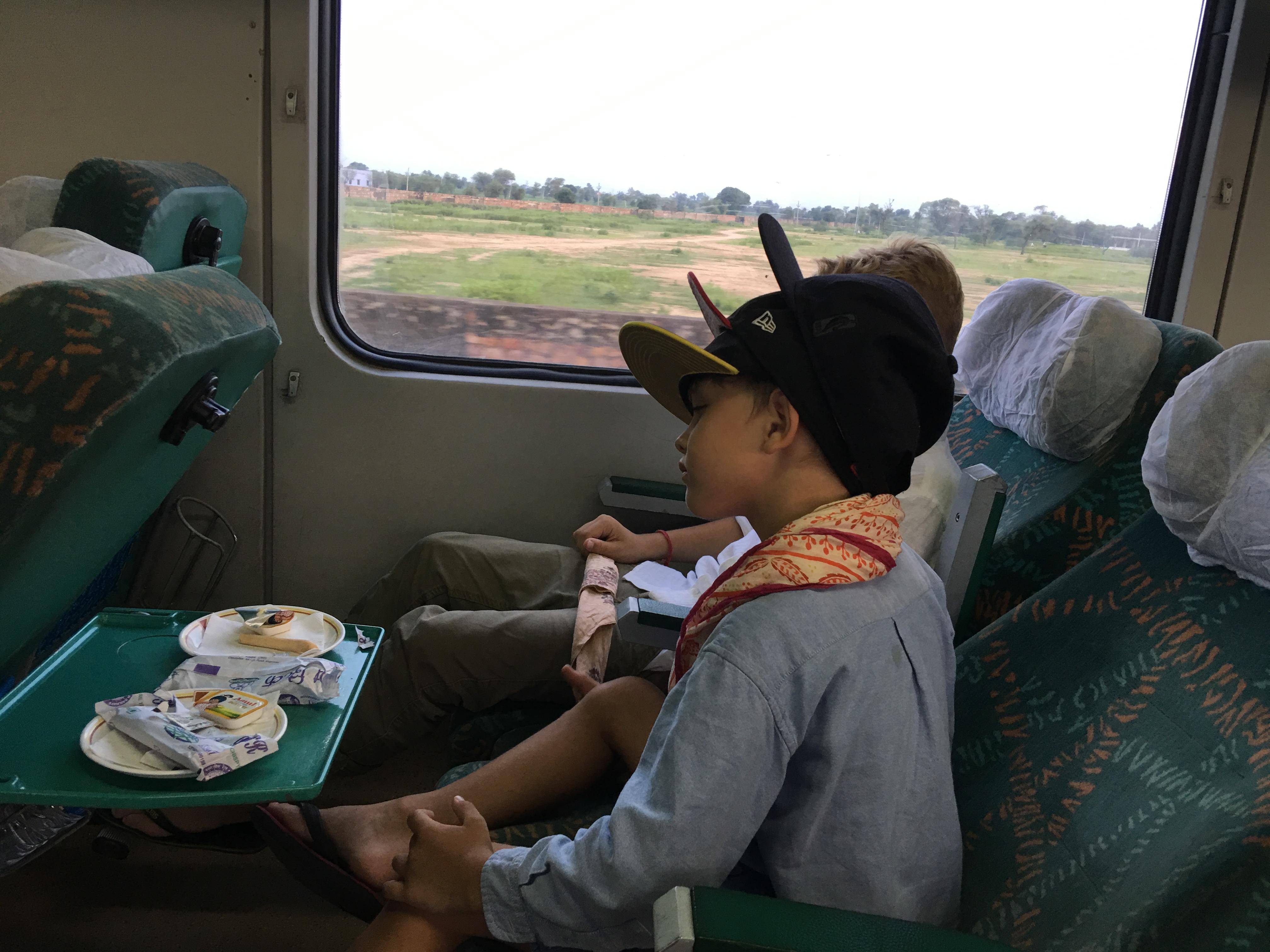 Quatschmacher. In einem Sehr luxuriösen Zug!