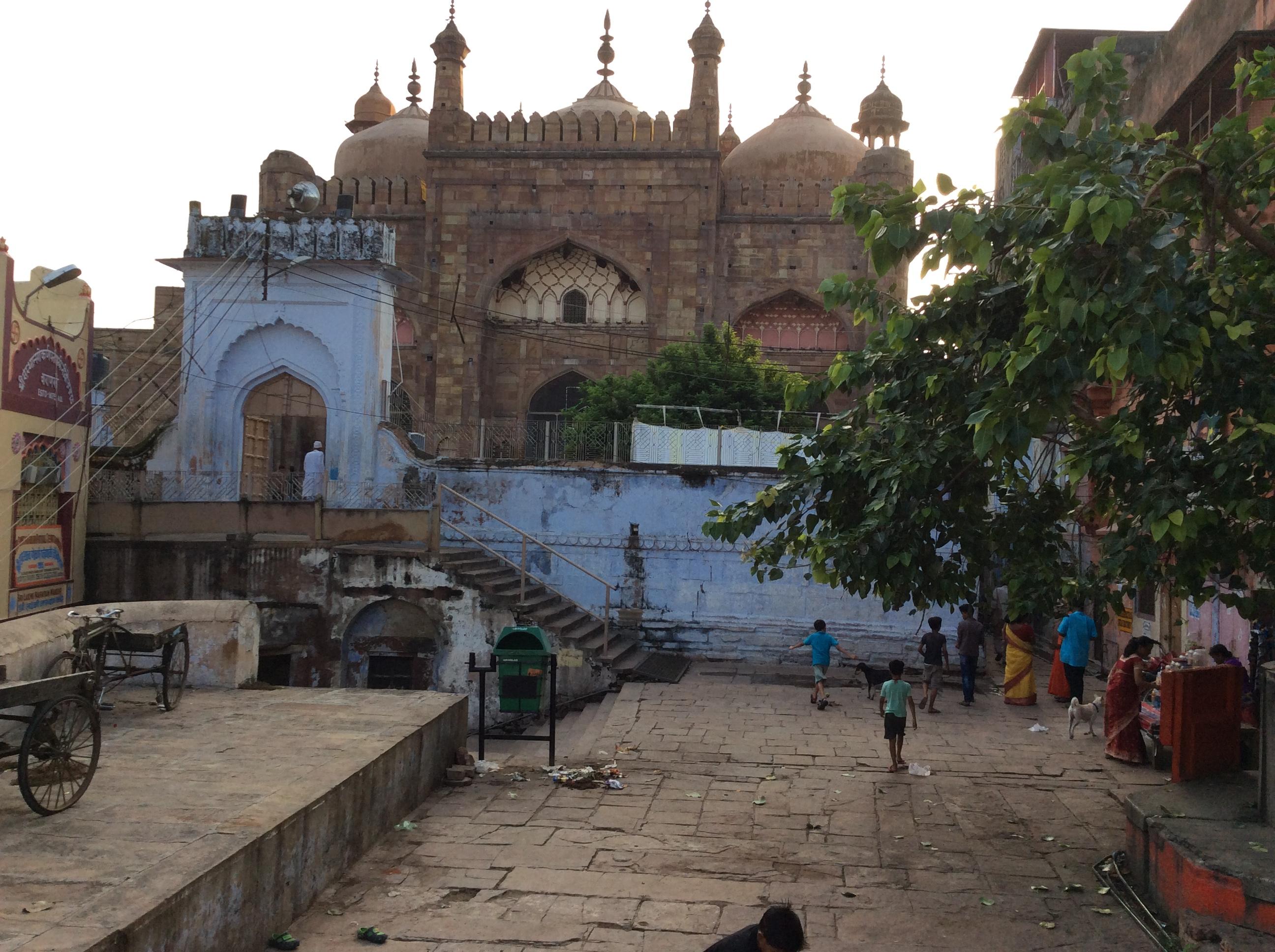 ...ein islamisches Gotteshaus mit einer ganz verzaubern Atmosphäre...